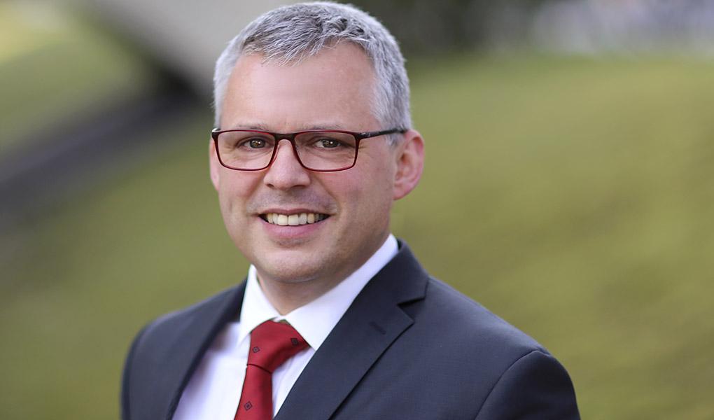 Portät Prof. Dipl.-Ing. Thomas Worbs