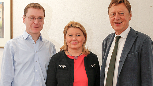 Dekan Prof. Mario Straßberger, Prof. Tatjana Nikitina, Prof. Clemens Renker