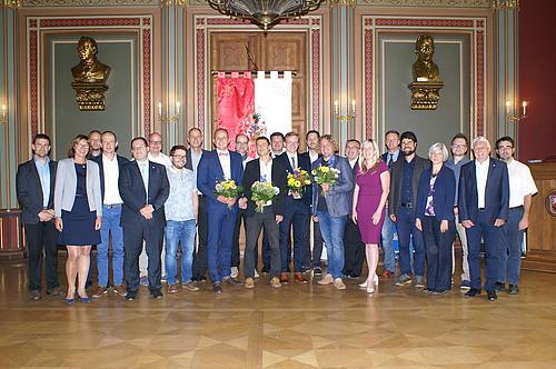 Um diesem Bündnis eine klare Struktur zu geben, wurde am 2. September im Zittauer Bürgersaal der Verein neo.NET gegründet.