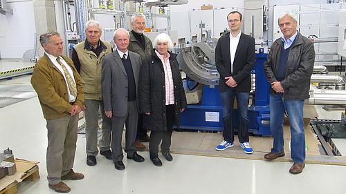 Die Mitglieder des Arbeitskreises Energietechnik Dresden besichtigten die Versuchsanlagen des IPM