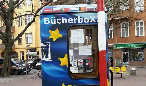 """Die """"WanderbücherboXX Europa"""" findet in Görlitz ein neues Zuhause."""