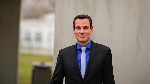 Portrait von Prof. Dr. Erik Hahn