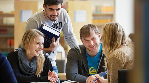 Die Marke von 3000  Studierenden an der HSZG wurde erneut überschritten