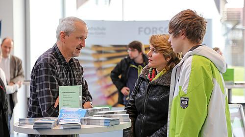 Etwa 700 Interessierte informierten sich über unsere Studienmöglichkeiten.