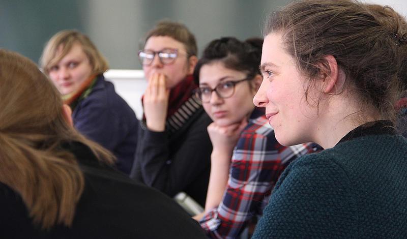 Starke Frauen - starkes Symposium. Rund 60 Frauen kamen für einen regen Austausch in die Hochschule.