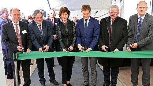 Mit der feierlichen Einweihung in Zittau erfolgt die Stärkung der hoch spezialisierten Kunststoffindustrie im Dreiländereck