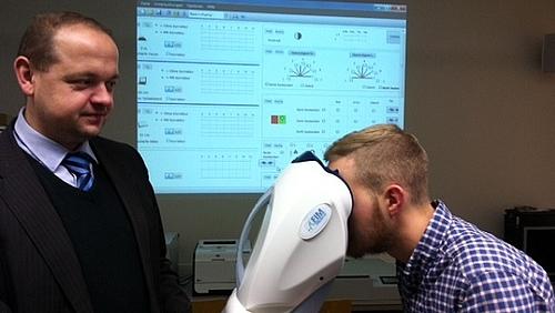 Der Studiengang Kommunikationspsychologie nutzt das neue Labor zur Messung von menschlichen Leistungsparametern