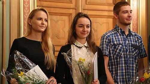 45 Absolventinnen und Absolventen des Studienkollegs erhielten ihre Zeugnisse