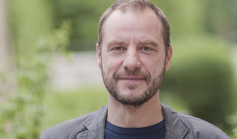 Der aus 22 Personen bestehenden Regierungskommission gehört seit April 2019 auch Prof. Dr. Raj Kollmorgen (Fakultät Sozialwissenschaften, TRAWOS-Institut der Hochschule Zittau/Görlitz) an.