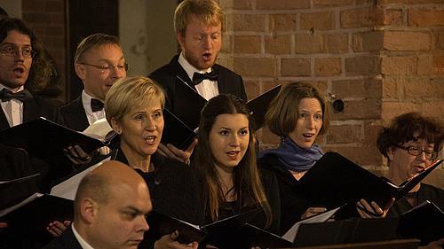 """Die kurze Konzertreise führte in die Masuren, wo der Chor mit """"Missa Stella Maris"""" begeisterte"""