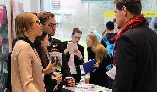 Ein erster Kontakt mit Unternehmen ist auf der Jobbörse WANTED! immer möglich.