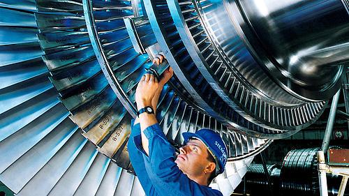 Keine heiße Luft! Ein neues Verfahren von DLR, TUD und HSZG simuliert Wasserdampf-Strömungen in Turbomaschinen