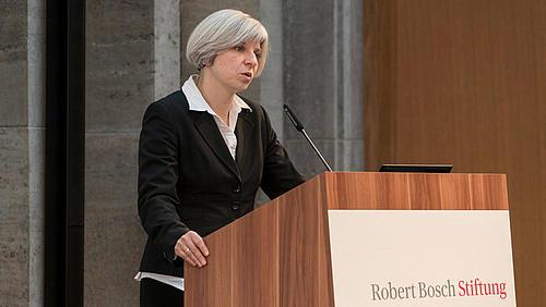 Prof. Dr. phil. Andrea G. Eckhardt bei einer Tagung der Weiterbildungsinitiative (WiFF) 2016