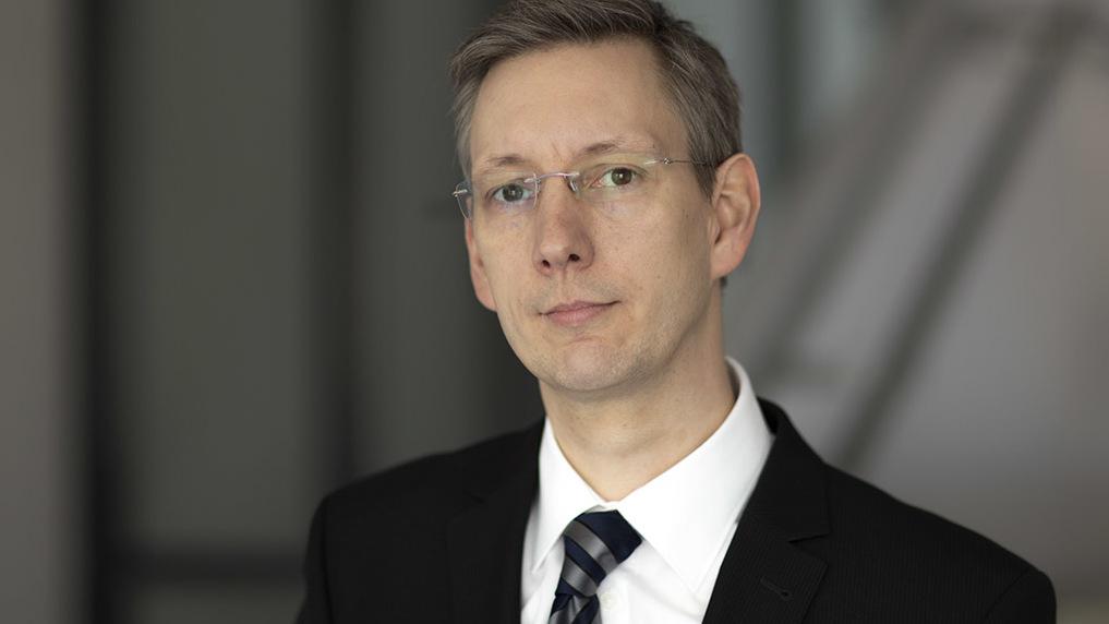 Bernd Bellair ist Professor an der Hochschule Zittau/Görlitz, sein Berufungsgebiet ist die Konstruktionslehre