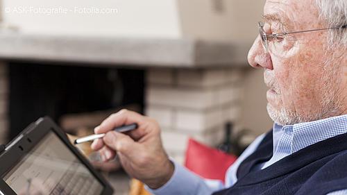Wie können ältere Menschen, lange selbstbestimmt in ihrem vertrauten Wohnumfeld leben? Die Antwort erforscht VATI