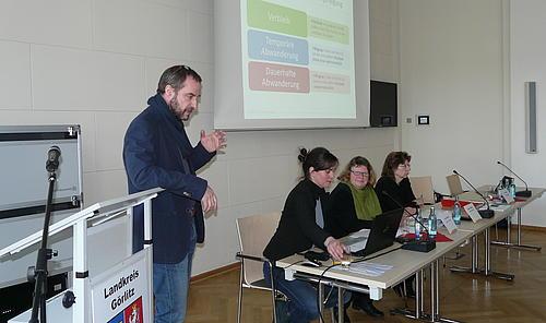 Präsentation der Ergebnisse zum Verbleib junger Menschen in der Region.