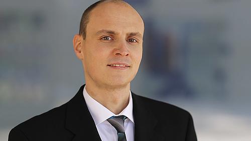 Dr.-Ing. Stefan Kittan schließt erfolgreich Promotionsverfahren auf dem Gebiet der nuklearen Sicherheitstechnik ab.