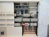 installieren und überprüfen Gebäudeelektrik